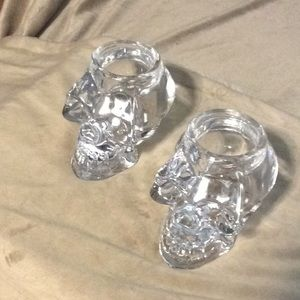 Skull candle holder set